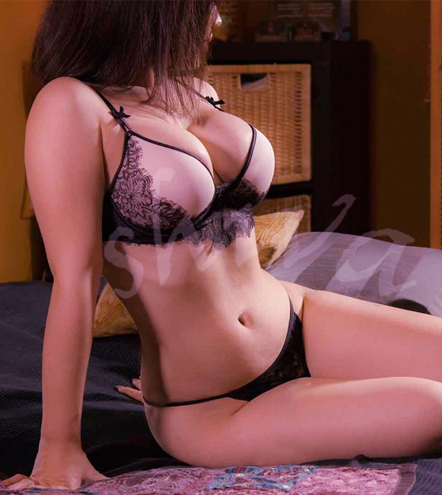 Erotic-Massage-Julia2