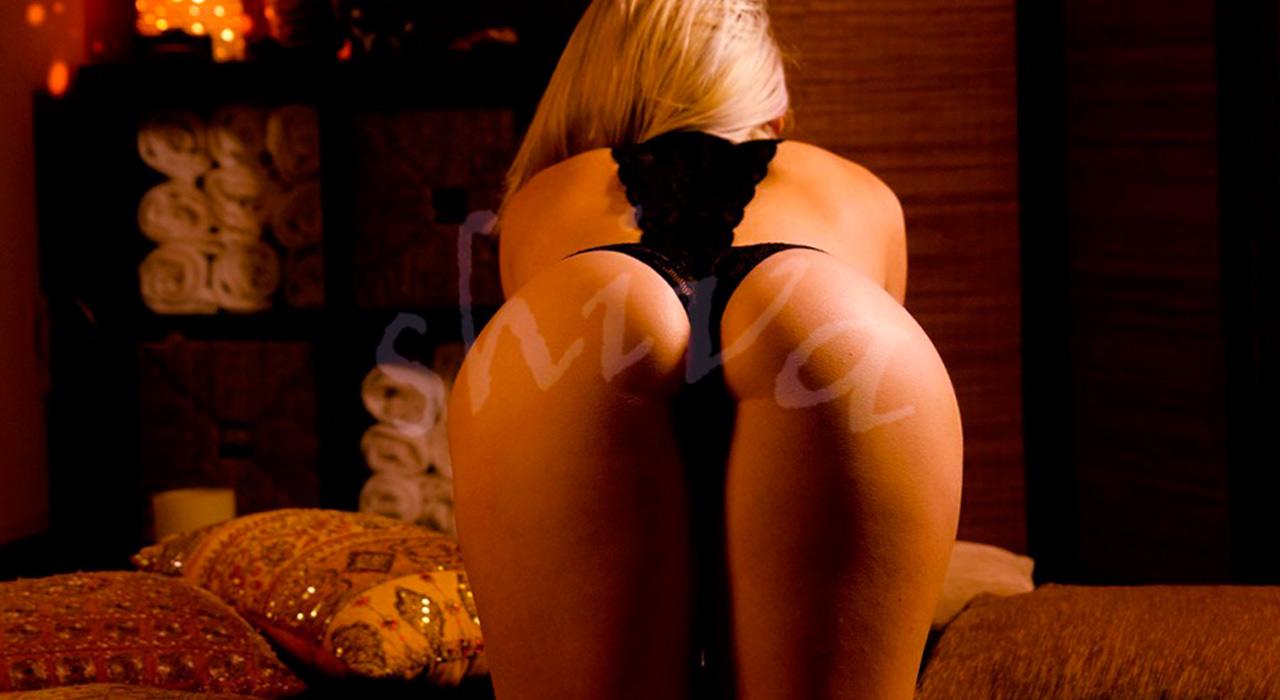 erotic-massaseus-hotel-Carol1