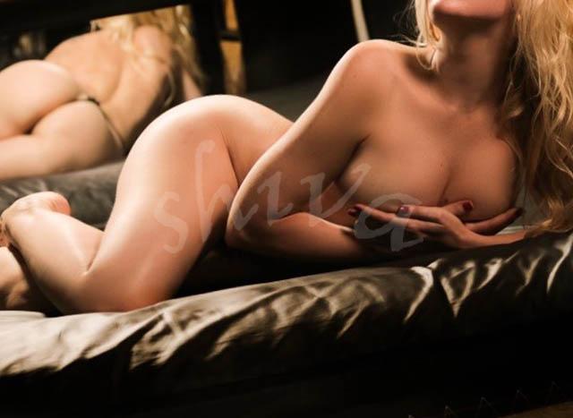 erotic-massage-charlize2